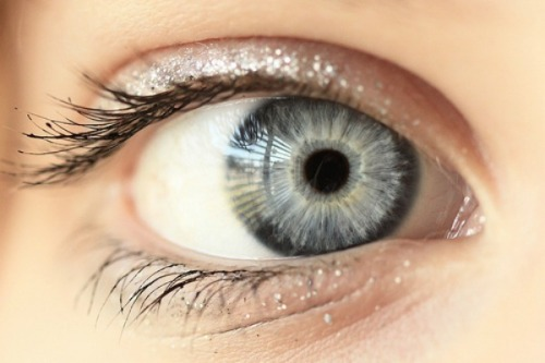 what-does-your-eye-color-say-about-you-500641762-oct-26-2012-1-600x400